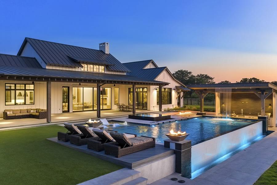 Custom Home Builder - Texas Hill Country - Brad Moore Builders